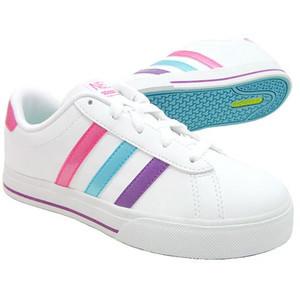 通学靴 白スニーカー adidas